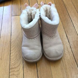 UGG size 13 light pink boots with bows GUC